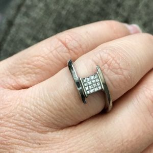 Jewelry - Silver ring with micro stones.